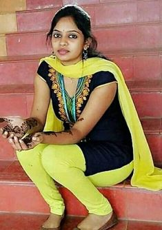 Priyanka Jawalkar Movie Photos, Stills Beautiful Girl In India, Beautiful Dresses For Women, Beautiful Blonde Girl, Most Beautiful Indian Actress, Beautiful Girl Image, Indian Natural Beauty, Indian Beauty Saree, Indian Skirt, Desi Girl Image