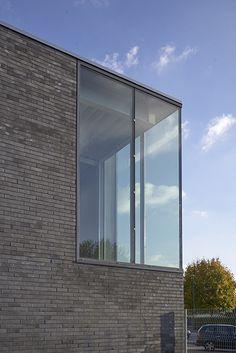 Ligne 7 Architecture - T. Bresdin : Pôle Sportif André Clousier - ArchiDesignClub by MUUUZ - Architecture & Design