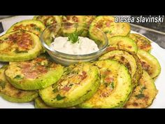 S cuketou jste něco takového nevařili. nejlepší cuketový recept. 2 recepty od cukety. - YouTube Best Zucchini Recipes, Low Carb Recipes, Cooking Recipes, Healthy Recipes, Squash Patties, Sausage And Egg, Beignets, Air Fryer Recipes, Finger Foods