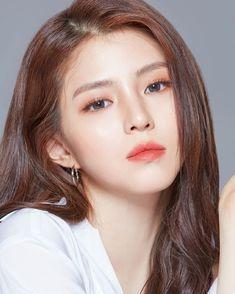 Korean Makeup Look, Asian Eye Makeup, Korean Beauty, Asian Beauty, Korea Makeup, Classy Girl, Shin Se Kyung, Braut Make-up, Singer Fashion