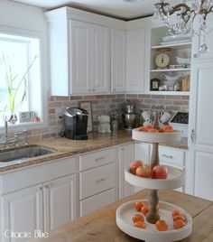DIY Whitewash Brick Backsplash {and thinbrick source}