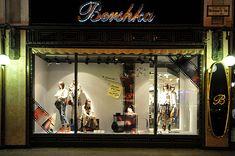 Bershka window displays Autumn 2012, Budapest visual merchandising