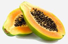 Papain wird aus dem Milchsaft der Papaya gewonnen und tritt bei unreifen Früchten in einer hohen Konzentration auf. Papain hat eine positive Wirkung auf den Körper und Wohlbefinden. Die Vitamine (Vitamin B) der Papain haben zudem eine beruhigende Wirkung auf den Magen, regen den Stoffwechsel und die Verdauung an.