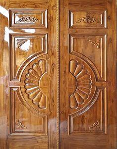 Wooden Front Door Design, Door And Window Design, Home Door Design, Main Entrance Door Design, Double Door Design, Pooja Room Door Design, House Ceiling Design, Door Design Interior, Wooden Doors