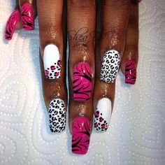 Black, pink and white for @kele_kelex #nails #nailart #london  (Taken with Instagram)