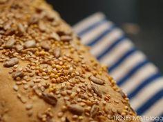 Bjørgs 6-kornbrød   TRINEs MATblogg Iftar, Banana Bread, Pie, Desserts, Recipes, Pinkie Pie, Tailgate Desserts, Pastel, Postres