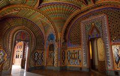 Castelo Di Sammezzano - Florence, Tuscany, Italy. Watch >  http://www.miraedestino.com/video.cfm?id=52&pinterest