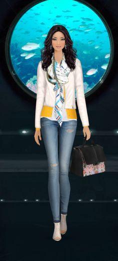 Fashion Game- Ride in a deep sea mini sub