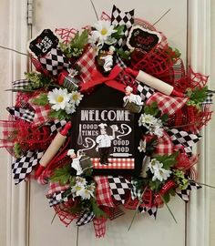 "Cafe ""Kiss the Cook"" Wreath, Kitchen Wreath,Chef Decor,Everyday Wreath,Mothers Day Gift,Birthday Gift,Bridal Gift,Wedding Gift,Kitchen Decor by SouthTXCreations on Etsy"