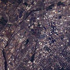 Appezzamenti di terreno che sembrano puzzle. È il pianeta Terra visto dalla Iss negli scatti dallo spazio di Alexander Gerst.