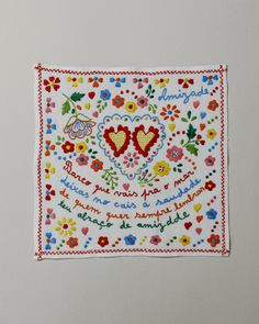 Portuguese life - Little Valentine's handkerchief The most basic pin markers include this dimension at the same time as the chain, this point at the same t Embroidery Needles, Hand Embroidery, Little Valentine, Valentines, Cool Lettering, Kerchief, Textiles, Textile Art, Old Things