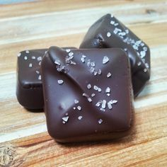 Hand Poured Sea Salt Caramels #californiacaramelcompany.com
