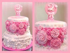 Pink girly birthday cake!