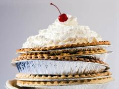 We love a good homemade pie crust — but when you're short on time and juggling a long list of holiday kitchen tasks, ready-made, frozen pie shells can be a huge time-saver. Read more: http://www.12newsnow.com/story/24207376/the-best-frozen-pie-crusts