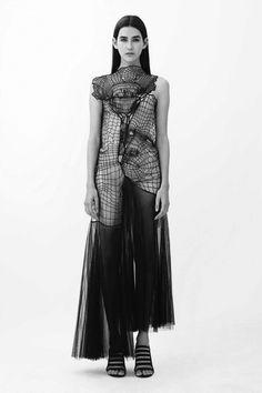 Black Widow | Christopher Kane — Patternity