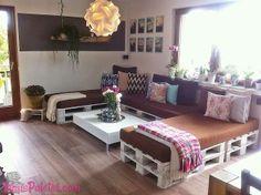 Sofá de tamanho XL para socializar, feito com #pallet #upcycle #palletfurniture #decoration  http://maispaletes.com