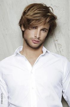 Oh fringe another year and my hair will be this long long hair Fabio Salsa - long brown straight hair styles Easy Messy Hairstyles, Top Hairstyles For Men, Boy Hairstyles, Haircuts For Men, Trendy Hairstyles, Straight Hairstyles, Men's Hairstyle, Hairstyle Photos, Men's Haircuts