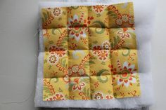 Learn how to make pot holders with this simple beginner friendly step by step tutorial. Perfect as gifts this holiday season or to accessorize your own kitchen. Quilt Patterns, Sewing Patterns, Cake Layers, Back Pieces, All The Way Down, Hot Pads, Easy Peasy, Little Gifts, Quilting Patterns