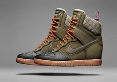 Nike Dunk Sky Hi SneakerBoot