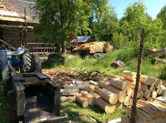 pärehöylä Firewood, Texture, Crafts, Surface Finish, Woodburning, Manualidades, Handmade Crafts, Craft, Arts And Crafts