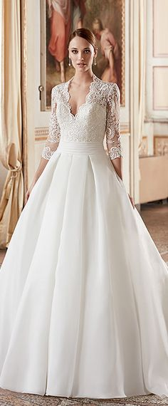 Attractive Tulle & Satin V-Neck A-Line Wedding Dresses With Lace Appliques