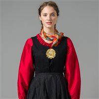 Rød silkeskjorte med gullsølje