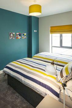 Idee per arredare la camera da letto con il verde petrolio - Parete ...