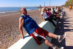 En las primeras dos semanas, más de 200 personas se sumaron a la campaña de verano del Ministerio de Salud http://www.ambitosur.com.ar/en-las-primeras-dos-semanas-mas-de-200-personas-se-sumaron-a-la-campana-de-verano-del-ministerio-de-salud/ La iniciativa de la cartera sanitaria se realiza en cuatro centros turísticos de la provincia en forma simultánea, con el objetivo de promover hábitos de vida saludable en la población.     Más de 200 personas de todas las edades y