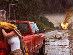 Twister Twister The Movie, Twister 1996, All Movies, I Movie, Disaster Film, Philip Seymour Hoffman, Helen Hunt, Tornados, Jaba