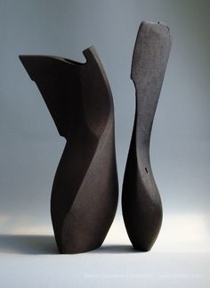 ceramic sculpture, barcelona, british artist barcelona, stoneware, black and white, london ceramic sculpture