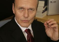 Anthony Stewart Head joins Warehouse 13 as the villain of the finale three episode of season 4