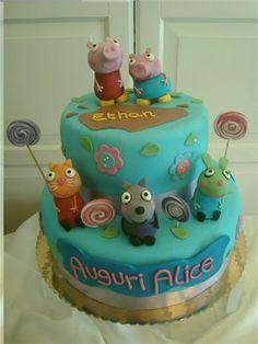 Alice's cake, she loves peppa pig