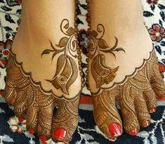 90 Beautiful Leg Mehndi Designs for every occasion Legs Mehndi Design, Mehndi Design Pictures, Bridal Henna Designs, Unique Mehndi Designs, Mehndi Designs For Fingers, Beautiful Henna Designs, Dulhan Mehndi Designs, Latest Mehndi Designs, Mehndi Designs For Hands