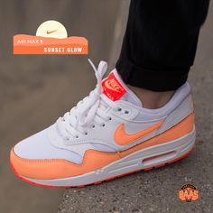 "#nike #airmaxone #airmax1 #am1essentials #sneakerbaas #baasbovenbaas  Nike Air Max 1 Essentials ""Sunset Glow"" - Now available online, priced at € 134,99  For more info about your order please send an e-mail to webshop #sneakerbaas.com!"