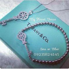 Jewelry Model, I Love Jewelry, Opal Jewelry, Jewelry Design, Designer Jewelry, Tiffany Jewelry, Dior, Luxury Cosmetics, Jewelry Illustration