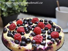 Ovocný dortík bez mouky a cukru Healthy Cooking, Cooking Recipes, Vegetable Pizza, Sweet Recipes, Sweet Tooth, Food And Drink, Low Carb, Yummy Food, Sweets