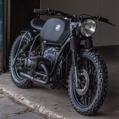 ▪The BMW build titled 'The Deathstar' by Ironwood Customs - Let us know what you think! www.kaferacers.com #KafeRacers Image by…