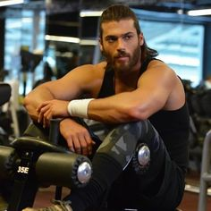 Personales archivos – Can Yaman Good Looking Actors, Good Looking Men, Turkish Men, Turkish Actors, Yes I Can, How To Look Handsome, Hot Hunks, Chris Hemsworth, The Sims