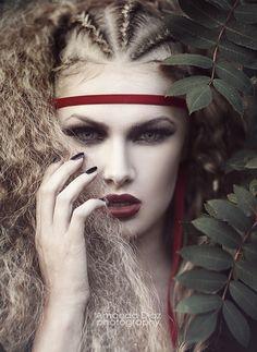 Amanda Diaz - Fashion - Photography - Victorian - Gothic - Halloween - Vampire - Concept