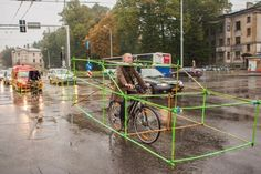 Urban Intervention: cyclists demonstrate the space occupied by cars - 7
