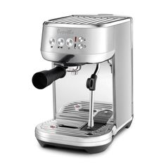 Bring the gourmet cafe experience home with Breville's Bambino Plus Espresso Maker. It features pre-infushion for fuller dosing for fuller flavor, and automatic microfoam milk texturing for velvety cappuccinos. Cappuccino Pulver, Cappuccino Maker, Espresso Maker, Breville Espresso Machine, Espresso Machine Reviews, Barista, Thermal Coffee Maker, 4 Elements, Automatic Espresso Machine