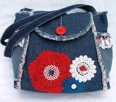 SALE Denim and lace patchwork shoulder bag / por poppypatchwork