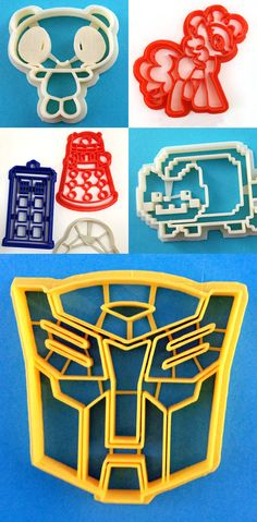 WarpZone Custom Cookie Cutters.  I so ant the Tardis cookie cutter.