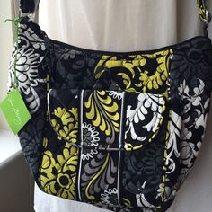 """FREE Chapstick Keychainwhen you buy today!! FREE Chapstick Keychainwhen you buy today!!  Vera Bradley Clare CrossBody Bag Baroque  NWT • Adjustable strap goes from shoulder to CrossBody style • Front magnetic flap pocket can fit most phones • Zip closure • Interior slip pocket  10 1/2"""" W x 8 1/2"""" H x 4 1/2"""" D with 55"""" adjustable strap Vera Bradley Bags Crossbody Bags"""