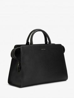 The hand bag that renders all other handbags obsolete. Vegan leather, classy, roomy but not too big.          MATT AND NAT | PORTIA ZWART