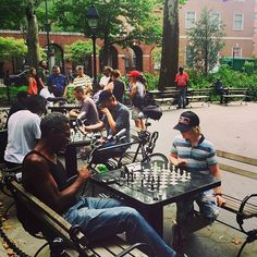 http://washingtonsquareparkerz.com/love-this-washingtonsquarepark-chess-nyc/ | Love this! #washingtonsquarepark #chess #nyc