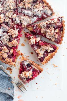 Rhubarb & Raspberry Tart with Almond Praline