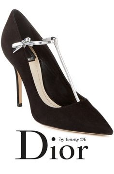Emmy DE * Christian Dior T-Bar Suede Pump