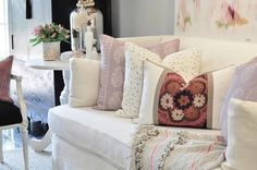 Designer Pillow Giveaway and Sponsor | Peter Dunham Kashmir Paisley in Lilac | Suzani