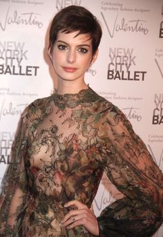 Anne Hathaway Hot Sexy Boobs Cleavage SideBoob Wardrobe Malfunction See-Through